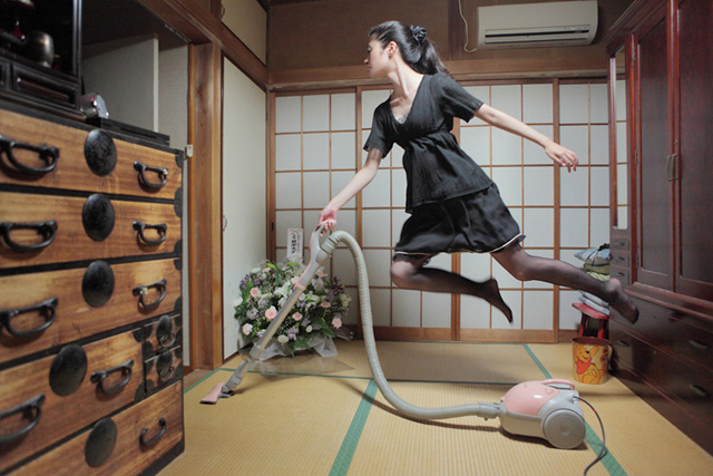levitating girl wallpaper - photo #27