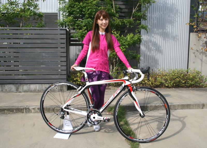 自転車の 自転車 街乗り ファッション 女子 : ロードバイク」に関する画像 ...